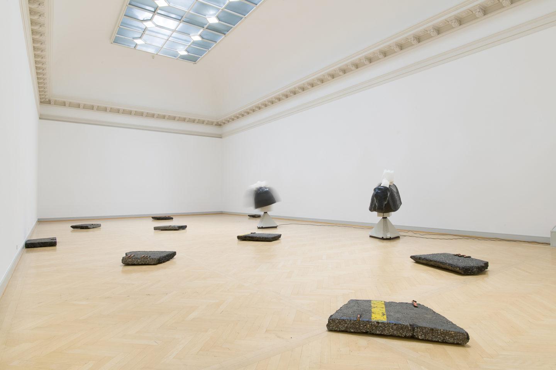 """Installation View Nina Beier """"Mars, 2018 & Beast, 2018"""" at Kunstmuseum St.Gallen /  Photo: Sebastian Stadler / Courtesy: the artist"""