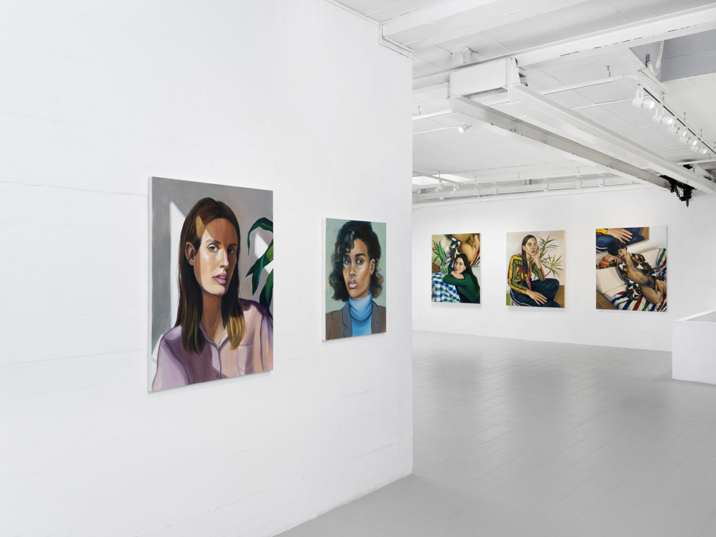 "Exhibition View Chloe Wise ""Coast Unclear Seeks Rained Parade"" at Galerie Sébastien Bertrand / Photo: Annik Wetter / Courtesy: the artist and the gallery"