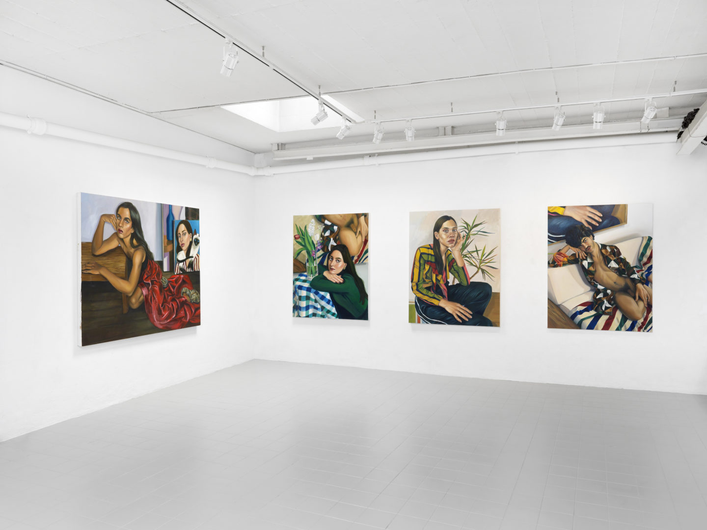 """Exhibition View Chloe Wise """"Coast Unclear Seeks Rained Parade"""" at Galerie Sébastien Bertrand / Photo: Annik Wetter / Courtesy: the artist and the gallery"""