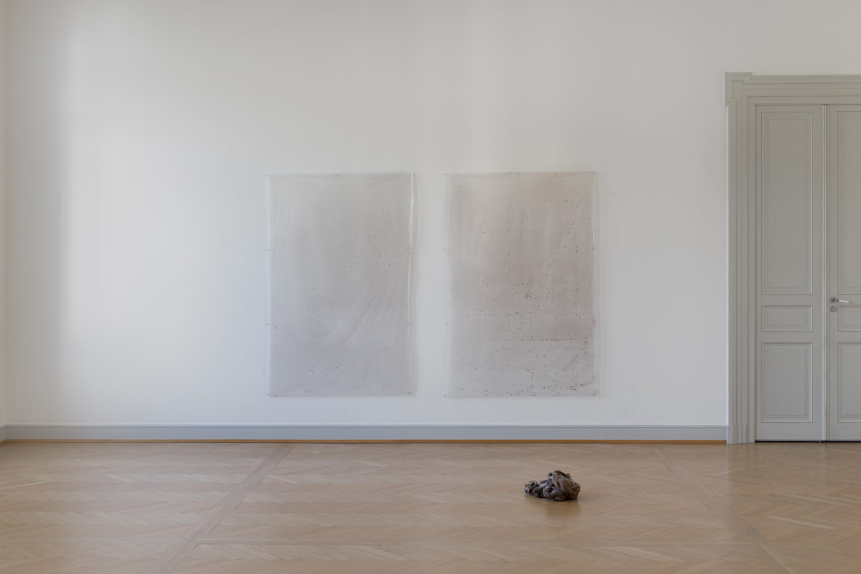 Installation View Nina Canell «Reflexologies» at Kunstmuseum St. Gallen, 2018 / Courtesy: the artist / Photo: Sebastian Stadler