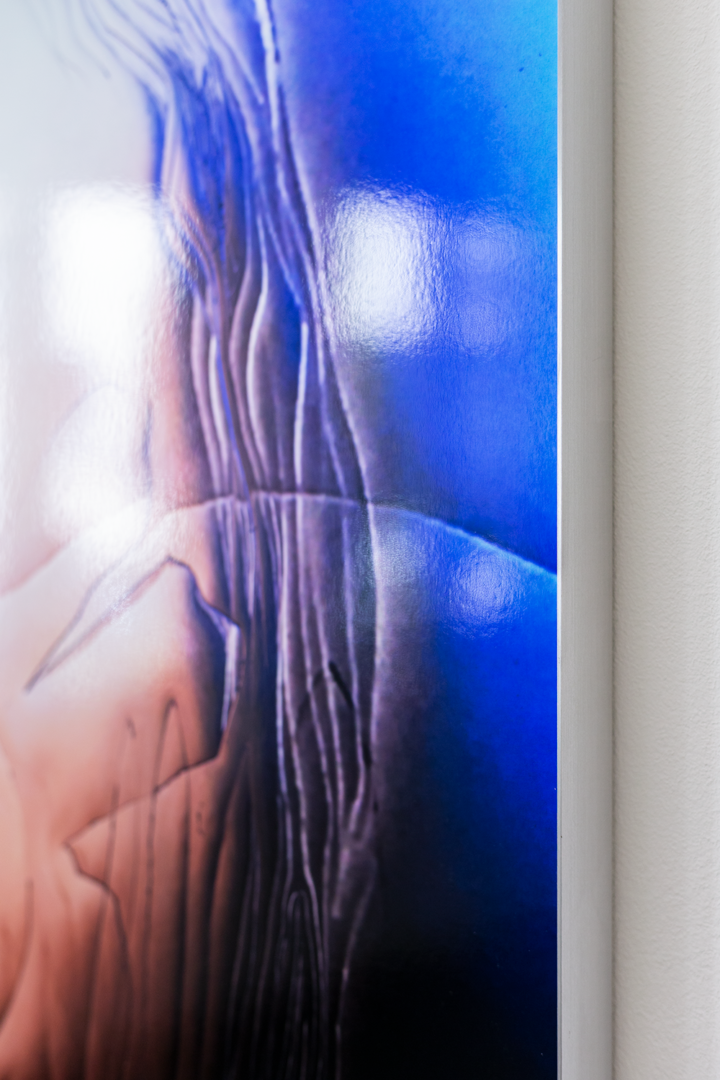 Installation View Groupshow «Double Take / view on Manon Wertenbroek, Portrait right, wet hair, 2018 – detail» at Last Tango Zurich, 2018 / Photography: Kilian Bannwart / Courtesy: the artists and Last Tango