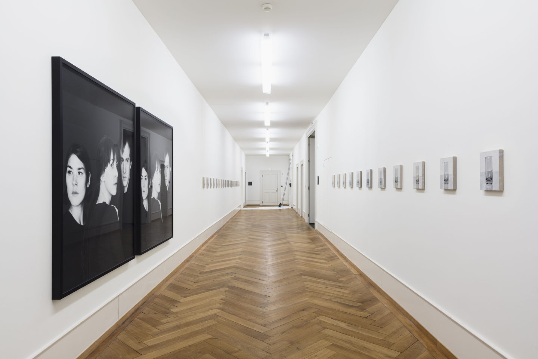 Exhibition View Groupshow «Zeitspuren – The Power of Now with Peter Dreher and Barbara Probst» at PASQUART, Biel/Bienne, 2018 / Photo: Gunnar Meier