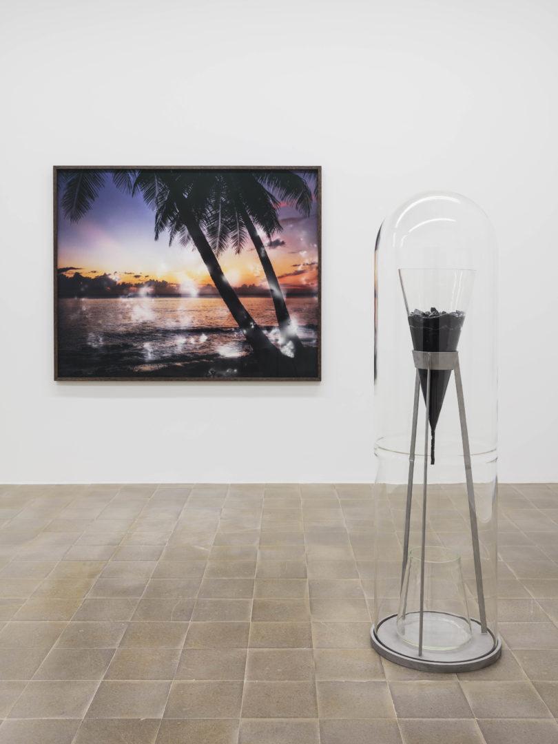 Exhibition View Groupshow «Zeitspuren – The Power of Now with Julian Charrière» at PASQUART, Biel/Bienne, 2018 / Photo: Gunnar Meier / Courtesy: the artist and Galerie Tschudi, Zuoz