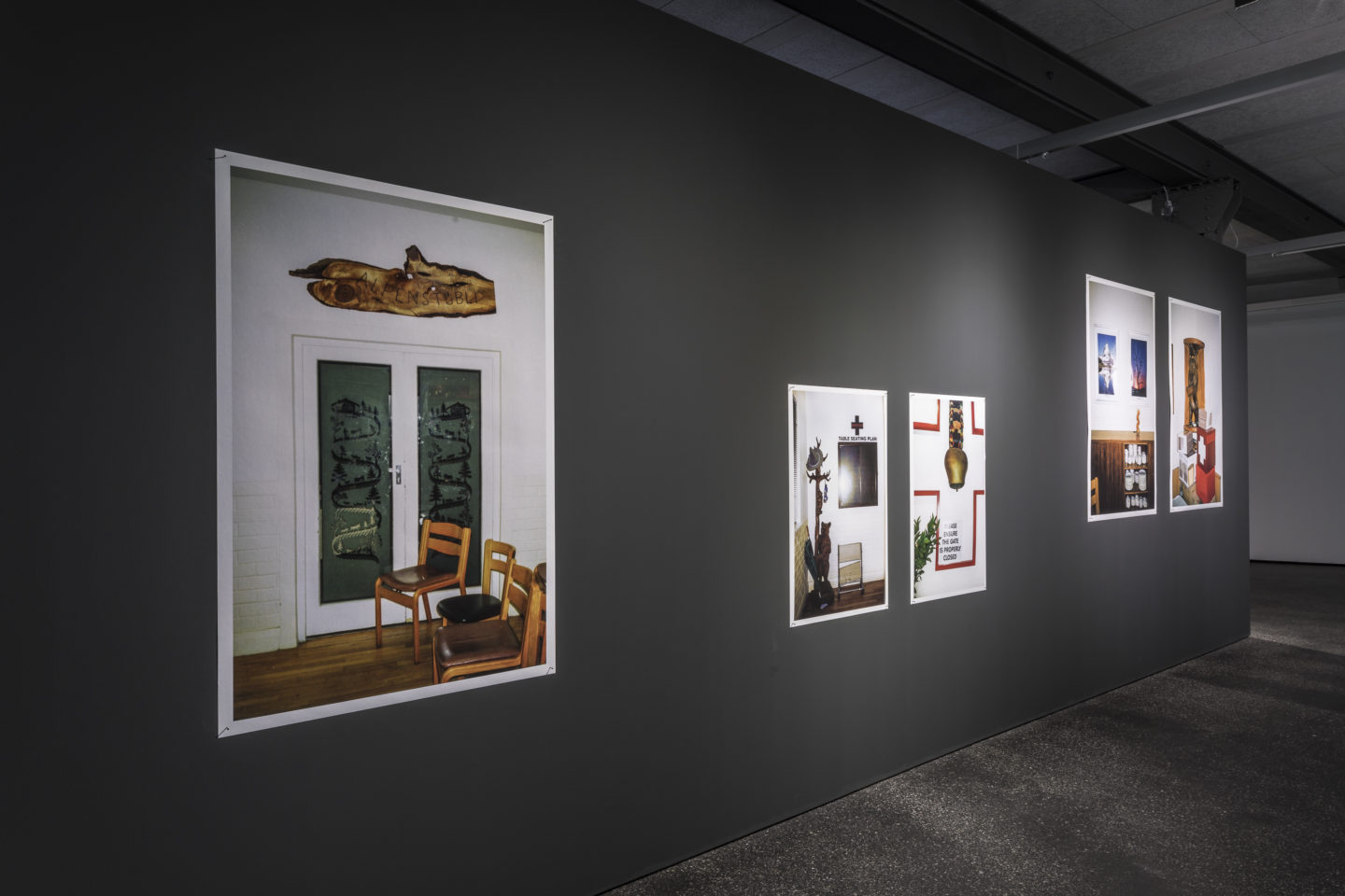 Exhibition View Denise Bertschi and Inas Halabi Groupshow «Forever or in a Hundred Years» at *ALTEFABRIK, Rapperswil-Jona / Photo: Peter Baracchi / Courtesy: the artists