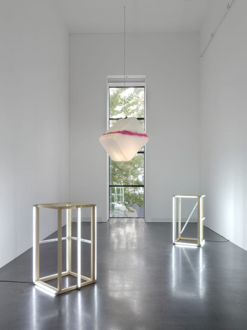 Exhibition View Groupshow «Lampen» at Galerie Francesca Pia, Zurich, 2018 / Photo: Annik Wetter / Courtesy: the artists and Galerie Francesca Pia
