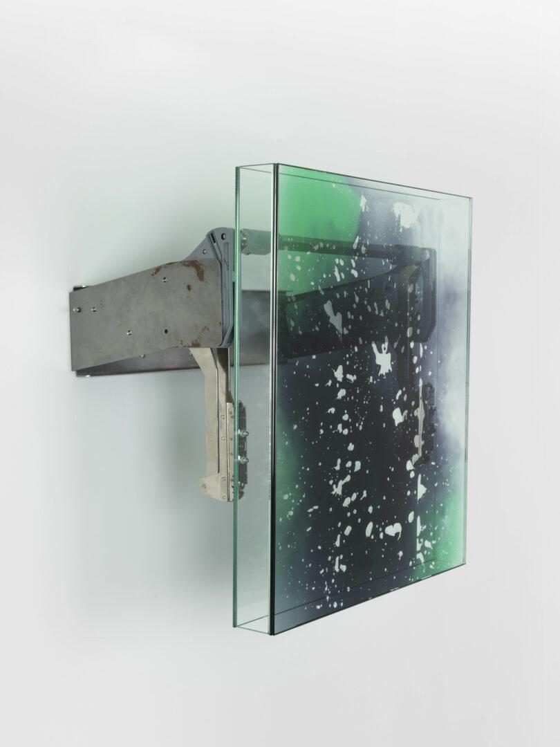 Exhibition View Manuel Burgener Soloshow «Interlude ; Untitled, 2019» at Galerie Maria Bernheim, Zurich, 2019 / Photo: Julien Gremaud / Courtesy: the artist and the gallery
