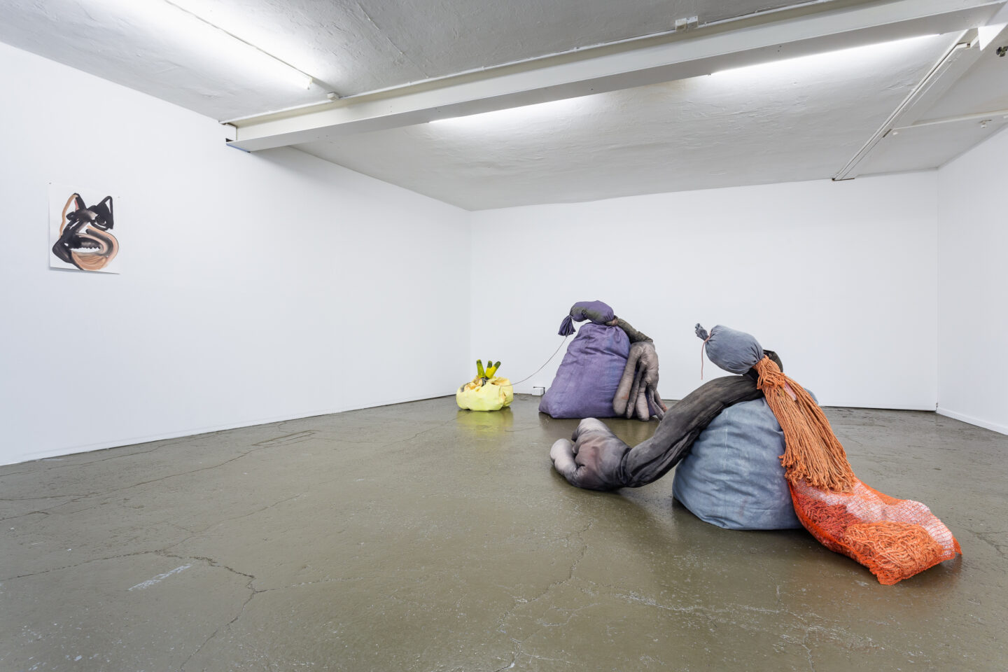 Exhibition View Groupshow «Sarah Margnetti & Megan Rooney ; view on Megan Rooney, Kaput Kaput, 2019» at Last Tango, Zurich / Photo: Kilian Bannwart / Courtesy: the artist and Last Tango