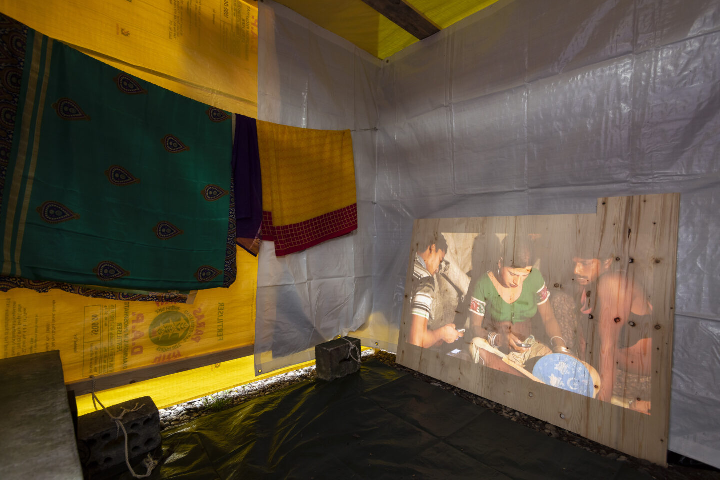 Exhibition View Groupshow «On Fire – Vulnerable Footage ; view on Shayok Mukhopadhyay, Green Room (2019)» at SALTS, Birsefelden, Basel, 2019 / Photo: Gunnar Meier / Courtesy: the artist, Basler Dokumentartage and SALTS