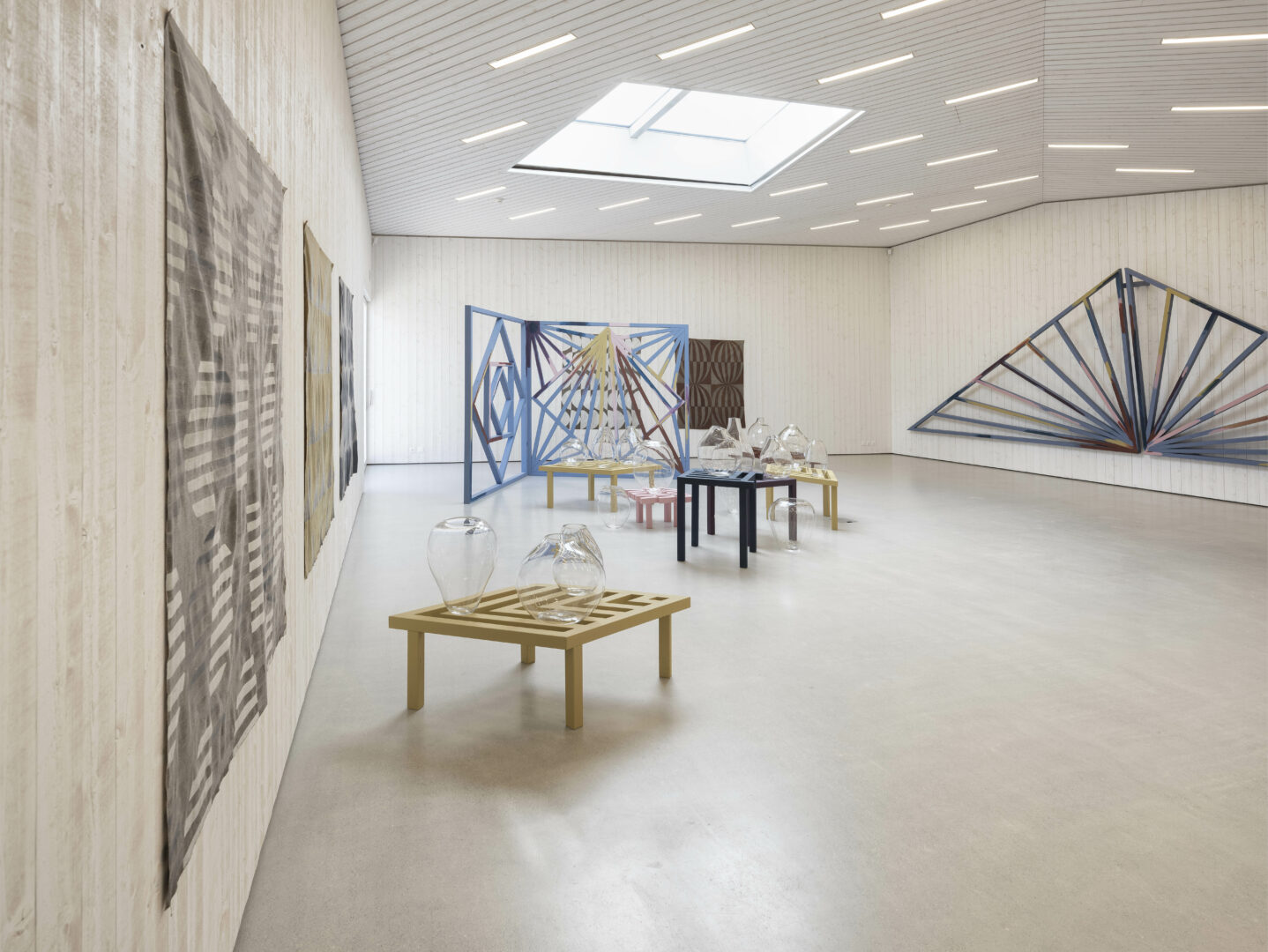 Exhibition View Athene Galiciadis «Spiraling Shifts» at Nidwaldner Museum, Stans, 2019 / Photo: Christian Hartmann / Courtesy: the artist and Nidwaldner Kunstmuseum