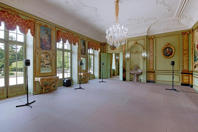 Exhibition View Matthias Liechti Soloshow «Kaltes klares Wasser» at Villa Wenkenhof, Basel, 2019 / Photo: Claude Barrault / Courtesy: the artist