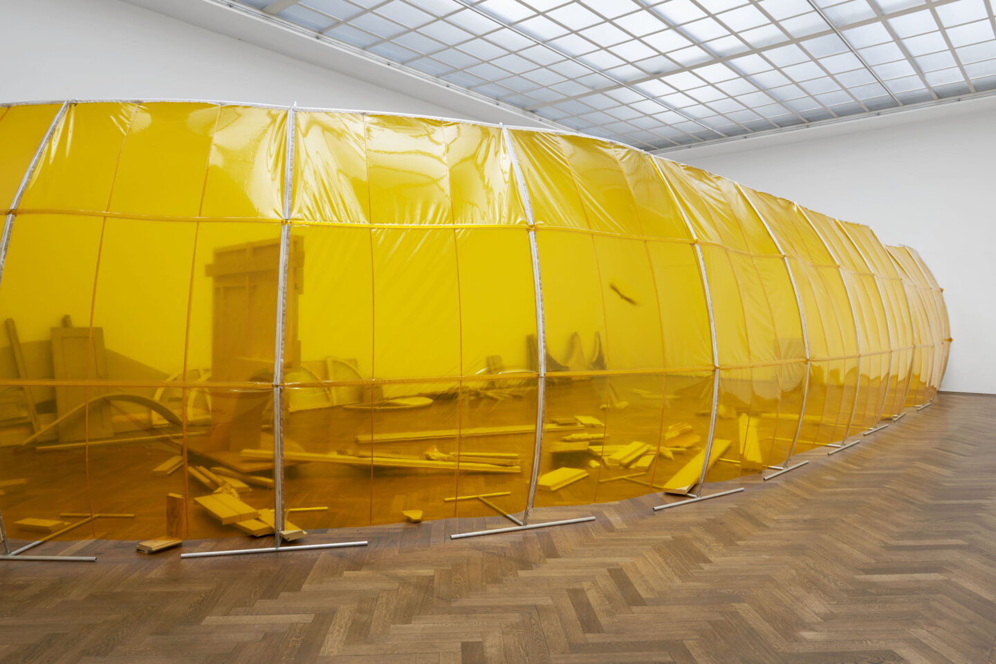 Exhibition View Dora Budor Soloshow «I am Gong; view on view The Preserving Machine, 2018-19» at Kunsthalle Basel / Photo: Philipp Hänger / Courtesy: the artist