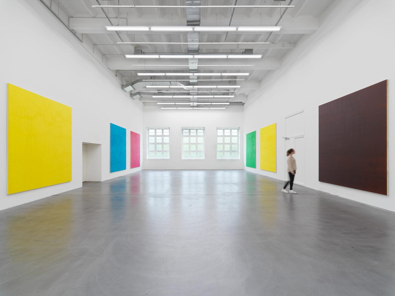 Exhibition View Olivier Mosset «TUTU» at Haus Konstruktiv / Photo: Stefan Altenburger / Courtesy: the artist and Haus Konstruktiv, Zurich