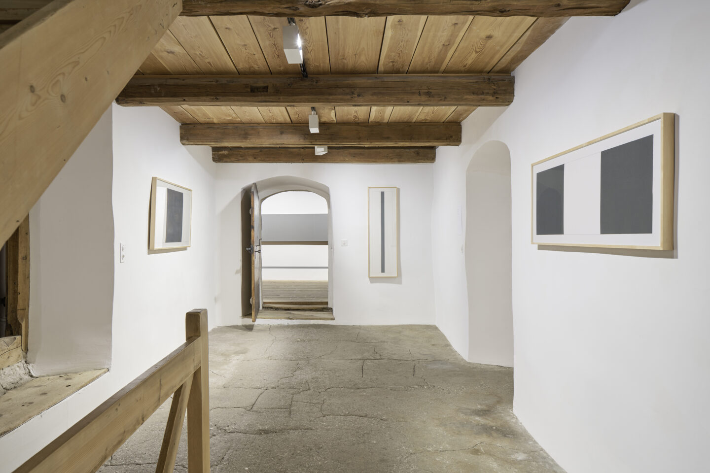 Exhibition View Alan Charlton Soloshow «It Started with a Chameleon» at Galerie Tschudi, Zuoz, 2019 / Photo: Ralph Feiner, Malans / courtesy: the artist and Galerie Tschudi