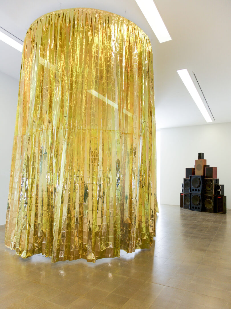 Exhibition View Céline Condorelli Soloshow at Centre d'art Pasquart, Biel, Bienne, 2019 / Photo: Lia Wagner / Courtesy: the artist