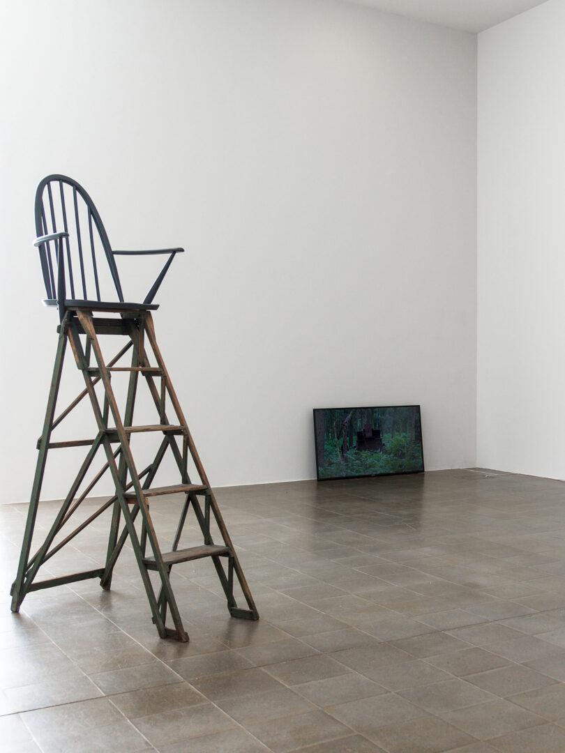 Exhibition View Céline Condorelli Soloshow at Centre d'art Pasquart, Biel, Bienne, 2019 / Photo: Lia Wagner / Courtesy: the artist