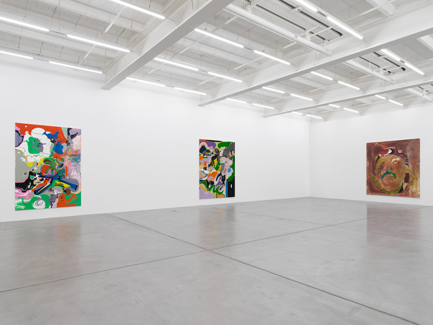 Exhibition View Michael Williams Soloshow «New Paintings» at Galerie Eva Presenhuber, Zurich, 2019 / Photo: Stefan Altenburger / © Michael Williams / Courtesy: the artist and Galerie Eva Presenhuber, Zurich / New York