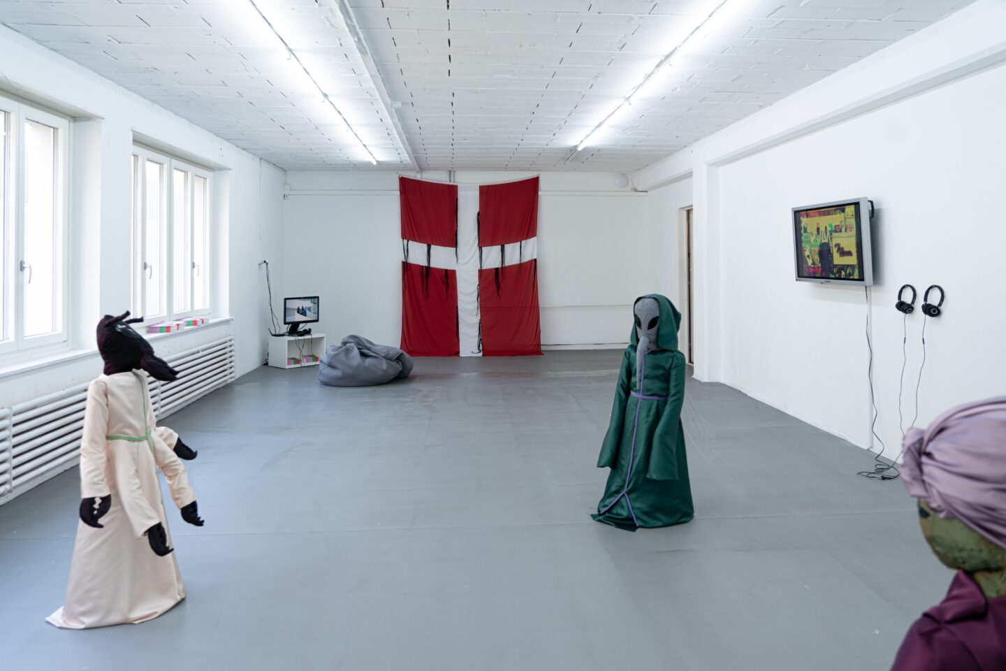 Exhibition View Groupshow «Le Soin des Possibles» at 1.1, Basel, 2019 / Photo: Jelly Luise / Courtesy: the artists and 1.1