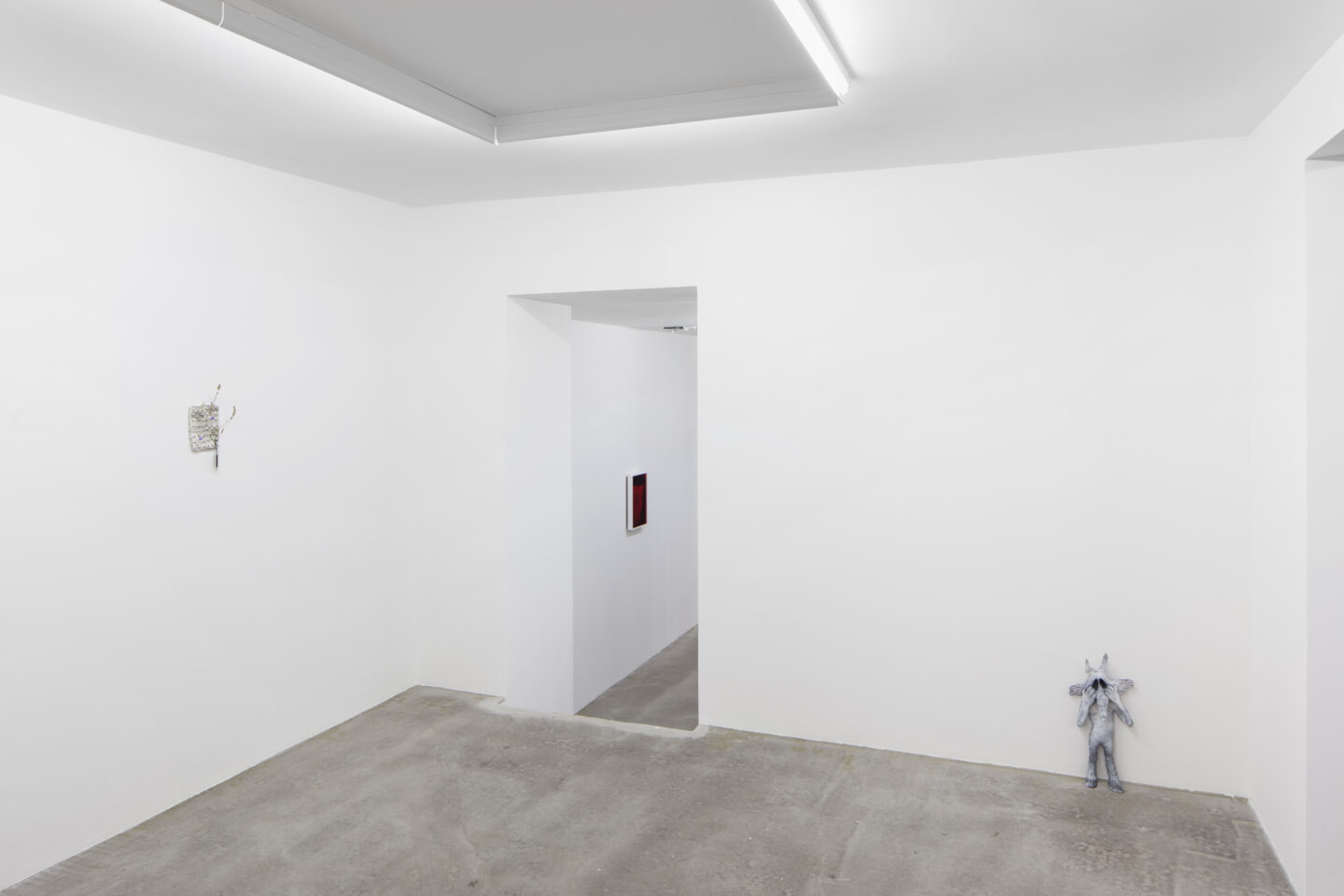 Exhibition View Cassidy Toner Soloshow «Unstable 4th Wall» at GALERIE PHILIPPZOLLINGER, Zurich, 2019 / Photo: Conradin Frei / Courtesy: the artist and GALERIE PHILIPP ZOLLINGER