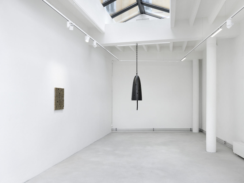 Exhibition View Davina Semo Soloshow «Agora» at Ribordy Thetaz, Geneva, 2019 / Photo: Annik Wetter / Courtesy: the artist and Ribordy Thetaz