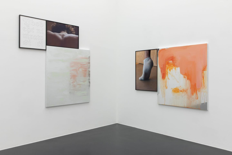 Exhibition View Groupshow «Unterschiedswesen; view on Danh Vo, Untitled, 2019» at von Bartha, S-Chanf, 2019-20 / Photo: Diana Pfammatter / Courtesy: the artists and von Bartha