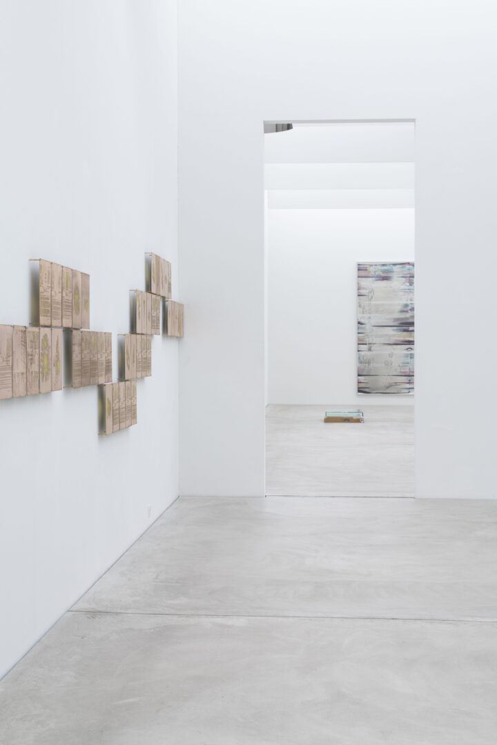 Exhibition View Walead Beshty Soloshow «Standard Deviations» at Kunst Museum Winterthur, Winterthur, 2020 / Photo: Reto Kaufmann / Courtesy: the artist and Kunst Museum Winterthur