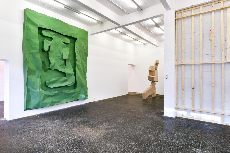 Exhibition View Groupshow «La fine ligne; view on Simone Holliger, Linus Bill and Adrien Horni, Simon Paccaud» at Kunst Halle Sankt Gallen, St. Gallen, 2020 / Photo: Kunst Halle Sankt Gallen, Sebastian Schaub