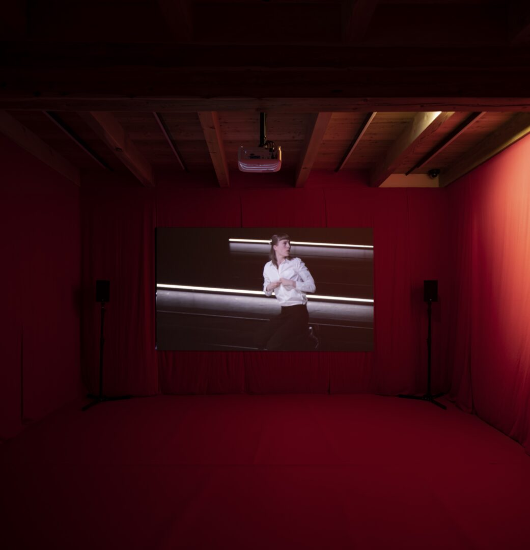 Exhibition View Groupshow «Up to and Including Limits: After Carolee Schneemann; view on Mette Ingvartsen, 21 Pornographies, 2017» at Muzeum Susch, Susch, 2019-2020 / Photo: Maja Wirkus / Courtesy: the artist and Muzeum Susch
