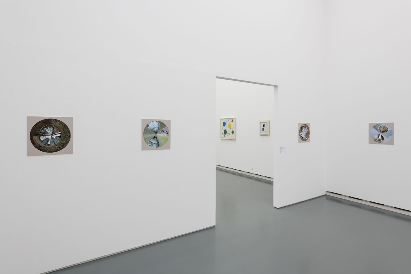Exhibition View Dominic Michel Soloshow (view on Allée de l'Arlequin, 2020) at Aargauer Kunsthaus, Aarau, 2020 / Photo: Ullmann Photography / Courtesy: the artist and Aargauer Kunsthaus