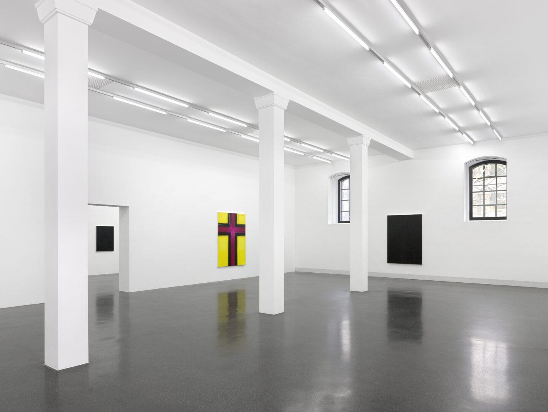 Exhibition View Emil Michael Klein Soloshow «Mono Cross» at Galerie Francesca Pia, Zurich, 2020 / Photo: Annik Wetter / Courtesy: the artist and Galerie Francesca Pia