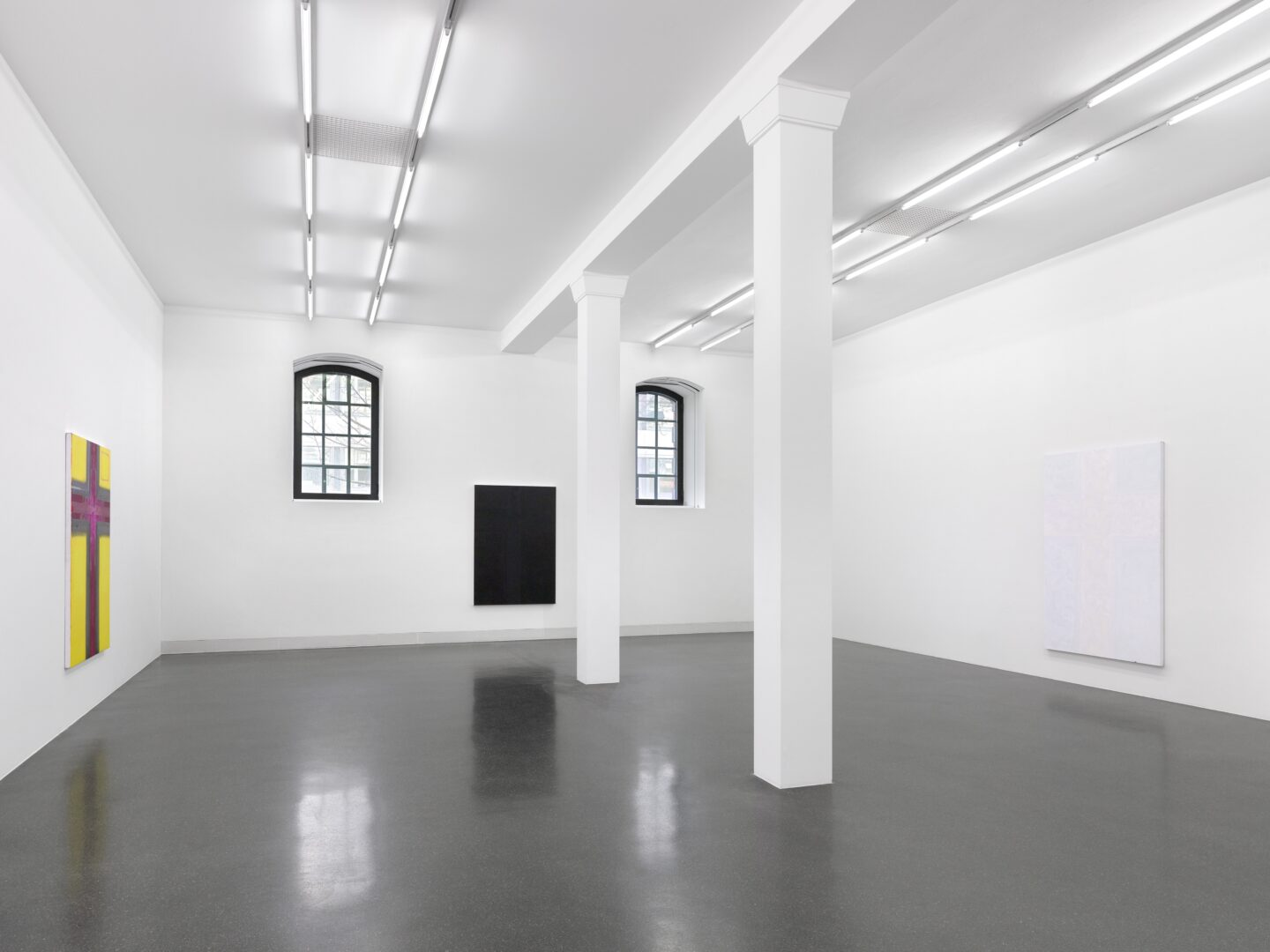 Exhibition View Emil Michael Klein Soloshow «Mono Cross» at Galerie Francesca Pia, Zurich, 2020 / Photo: Annik Wetter / Courtesy: the artist and Galerie Francesca Pia