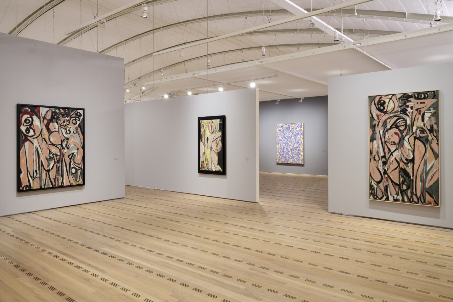 Exhibition View Lee Krasner Soloshow «Living Colour» at Zentrum Paul Klee, Bern, 2020 / © Zentrum Paul Klee, Bern