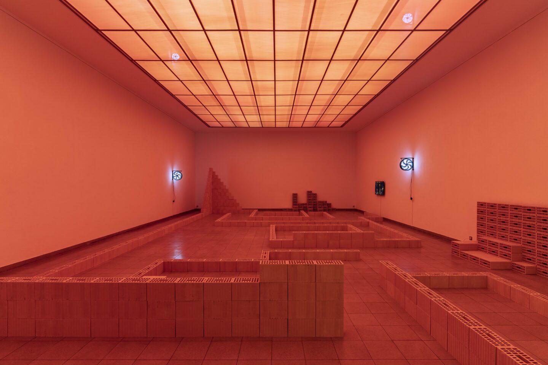 Exhibition View Jan Vorisek Soloshow «Collapse Poem» at Kunsthaus Glarus, Glarus, 2020 / Photo: Gunnar Meier / Courtesy: the artist and Galerie Bernhard, Zurich