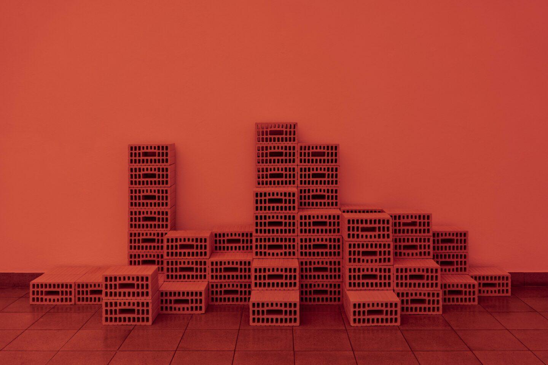 Exhibition View Jan Vorisek Soloshow «Collapse Poem; view on Memory Hotel, 2020 (detail)» at Kunsthaus Glarus, Glarus, 2020 / Photo: Gunnar Meier / Courtesy: the artist and Galerie Bernhard, Zurich