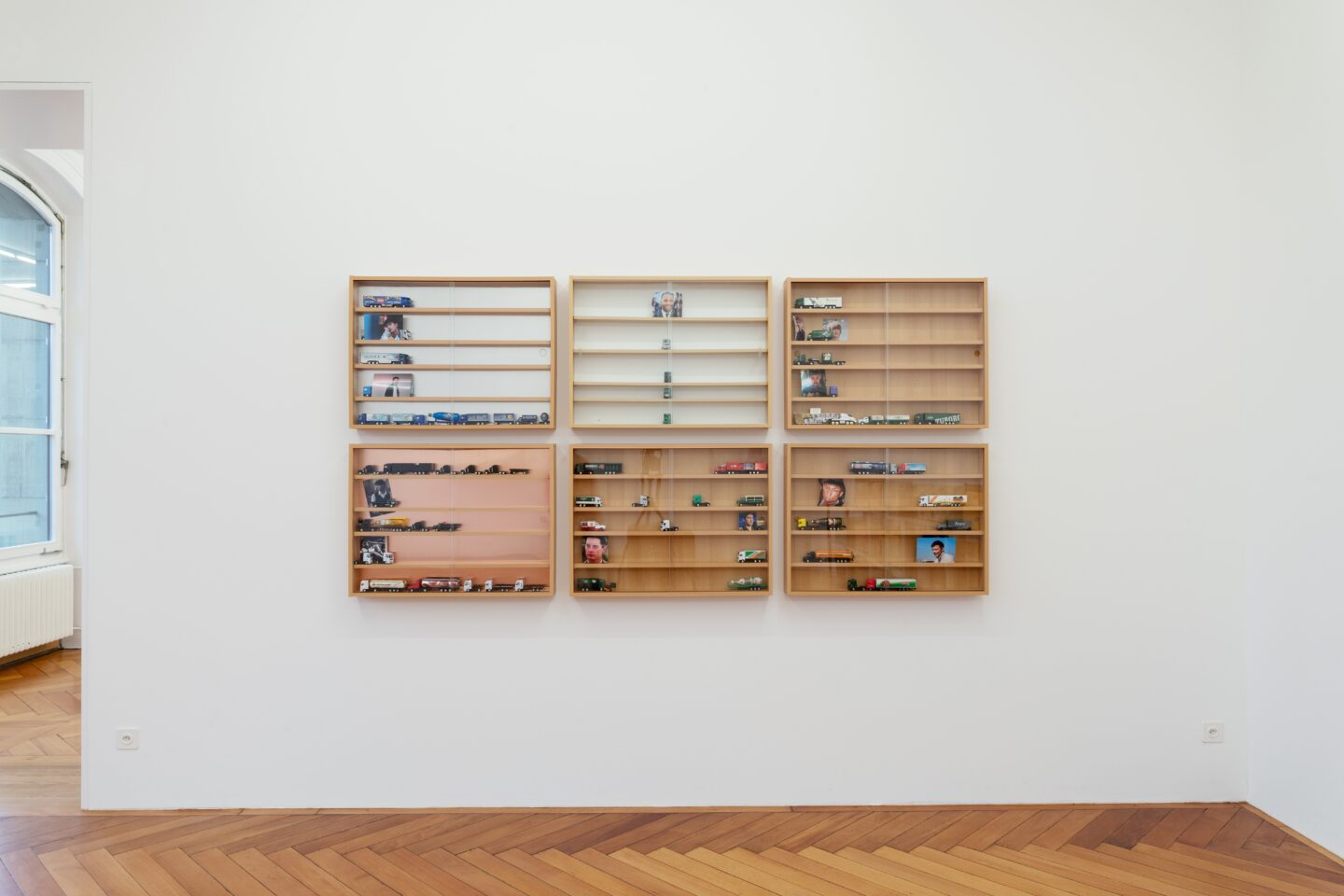 Exhibition View Groupshow «Kasten; view on Pung-Tien Phan, Lil Emo, 2019» at Stadtgalerie, Bern, 2020 / Photo: CE / Courtesy: the artist and Stadtgalerie, Bern