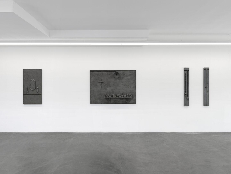 Exhibition View Rico Weber Soloshow «Silver Dust» at Galerie Maria Bernheim, Zurich, 2020 / Photo: Annik Wetter / Courtesy: Galerie Maria Bernheim