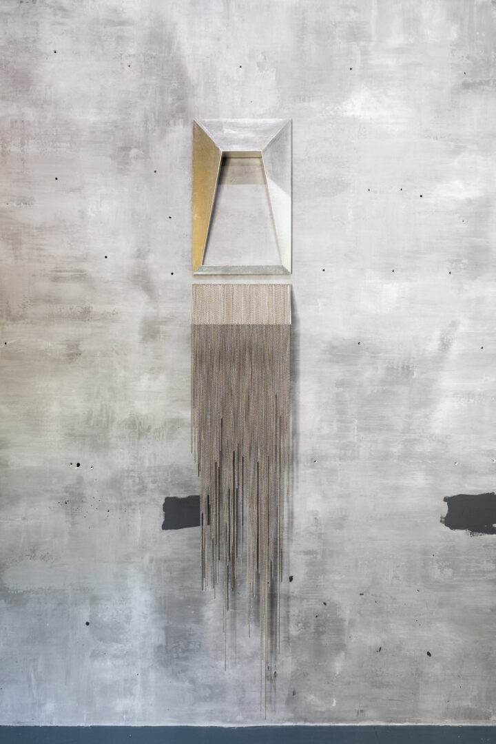 Exhibition View Groupshow «Whispering Walls; view on Brigit Naef, Ghost, 2019, cardboard, metal chains, silver plating, laquer, 200 x 33.5x9.5cm» at Last Tango, Zurich, 2020 / Photo: Kilian Bannwart / Courtesy: the artists and Last Tango