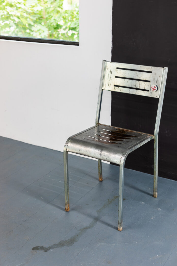 Exhibition View Groupshow «Whispering Walls; view on Caterina De Nicola, Embarrassed and Conciliatory, Bored and Noncommittally, 2020, iron chair, rust, urine, pin, 84x43.5x50cm» at Last Tango, Zurich, 2020 / Photo: Kilian Bannwart / Courtesy: the artists and Last Tango