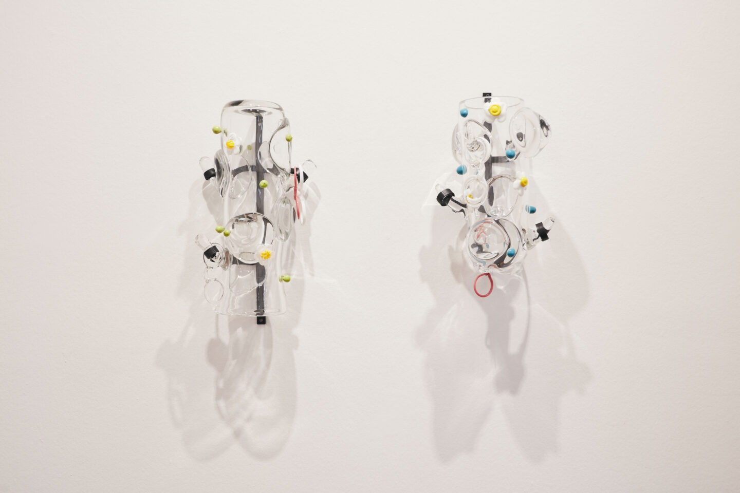 Exhibition View Groupshow «Motor; view on Stefan Burger, Krautstrunk 1 & 2, glass, steel, 30x40x30cm each, 2020» at Kunstraum Riehen, Riehen, Basel, 2020 / Photo: Moritz Schermbach / Courtesy: the artist