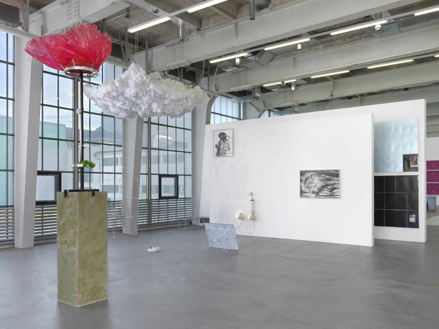 Exhibition View Groupshow «Summer of Suspense» at Kunsthalle Zürich, Zurich, 2020 / Photo: Annik Wetter / Courtesy: the artists and Kunsthalle Zürich