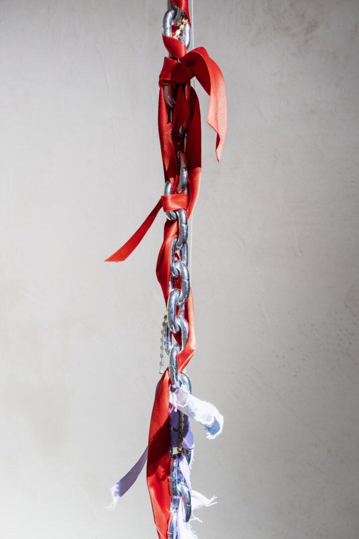 Exhibition View Emmy Hennings / Sitara Abuzar Ghaznawi Joint Exhibition (view on Sitara Abuzar Ghaznawi, Sculpture 2, 2020, detail) at Cabaret Voltaire, Zurich, 2020 / Photo: Gunnar Meier / Courtesy Sitara Abuzar Ghaznawi: the artist