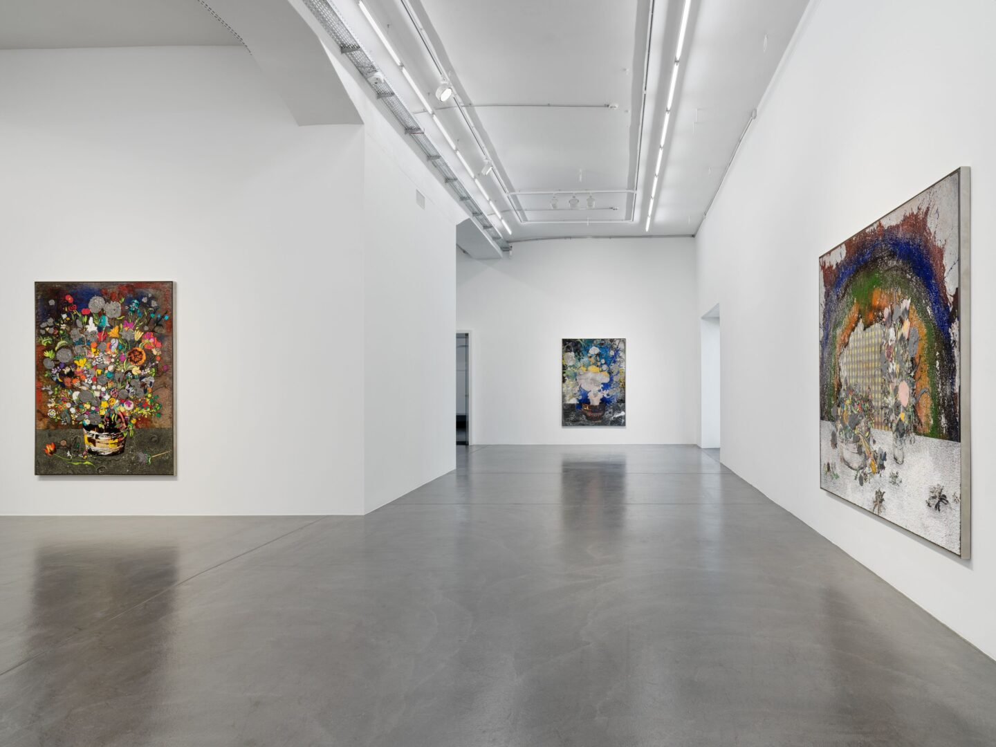 Exhibition View Matthew Day Jackson Soloshow «Flowers, Windows and Thistles» at Hauser & Wirth Zürich, Zurich, 2020 / Photo: © Matthew Day Jackson / Courtesy: the artist and Hauser & Wirth