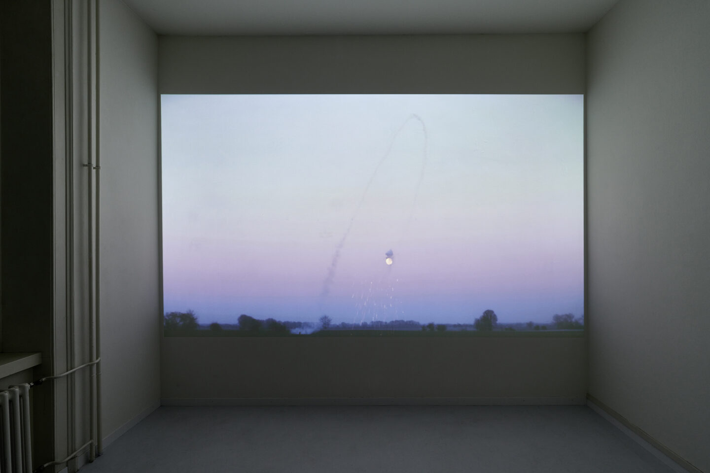 Exhibition View Malte Bartsch Soloshow «Bottom Up; view on Rakete, 2019, fireworks, rubber band, full HD video, 12 min Loop» at Lemoyne Project, Zurich, 2020 / Courtesy: the artist and Lemoyne Project