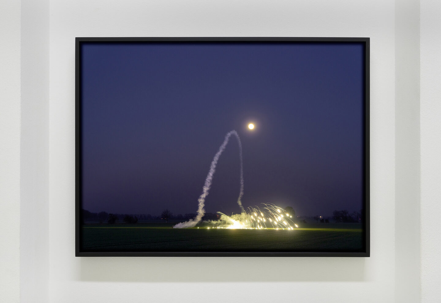 Exhibition View Malte Bartsch Soloshow «Bottom Up; view on Malte Bartsch, Rakete, [Foto] 2019, C-Print, 54 x 73 cm» at Lemoyne Project, Zurich, 2020 / Courtesy: the artist and Lemoyne Project